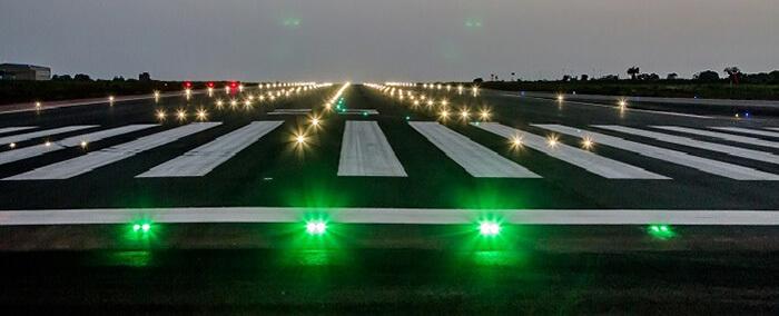 نورپردازی باند فرودگاه