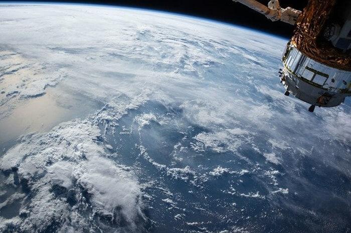 اینترنت ماهواره ای استارلینک چیست؟