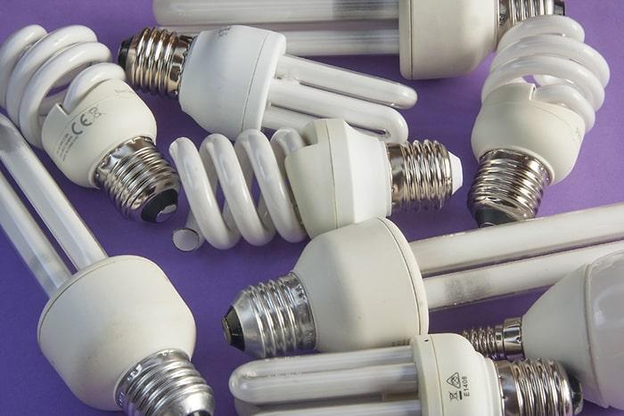 لامپ کم مصرف چیست؟