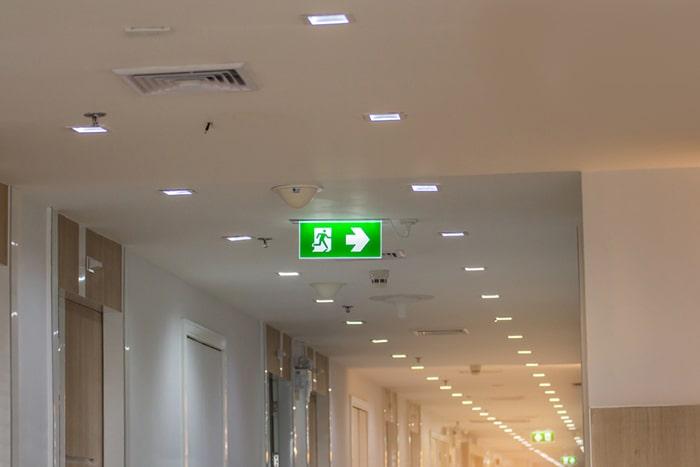 روشنایی اضطراری تأمین مرکزی