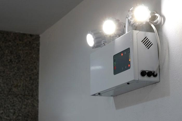 ضرورت استفاده از چراغ اضطراری