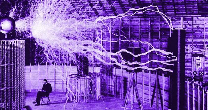 تاریخچه انتقال برق بدون سیم