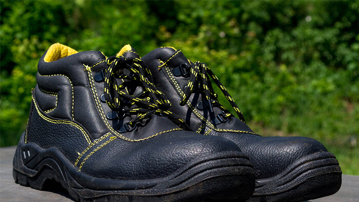 علائم اختصاصی کفش کار