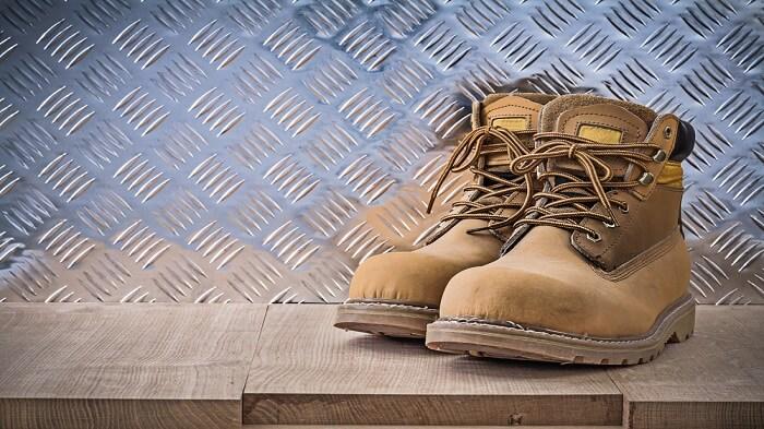 کفش ایمنی استاندارد