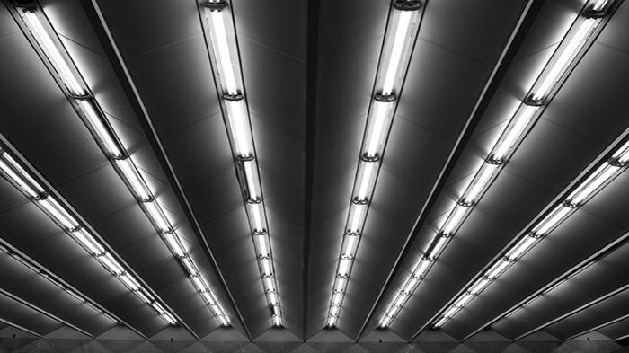 مزایا و معایب لامپ فلورسنت