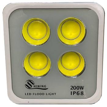 پروژکتور-ال-ای-دی-200-وات-پارس-IP680
