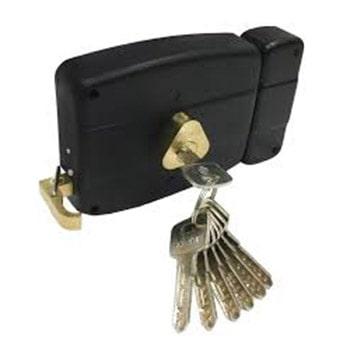 قفل در حیاطی نیم برنج شوآن کد 401
